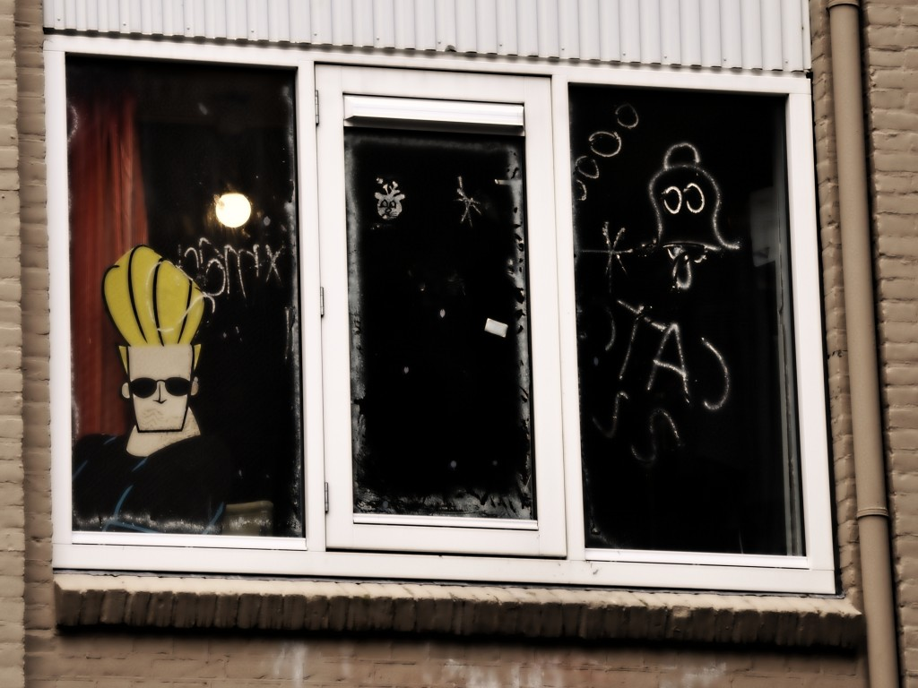 Johnny Bravo lives on Hugo de Grootstraat no.7